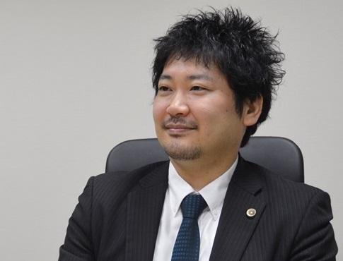 弁護士・長谷川 研吾